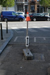 block arrow cone